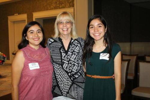 Jennifer Herrera, Audrey Moss, Galilea Pedraza